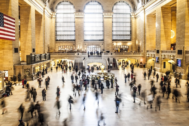 people-new-york-train-crowd-large